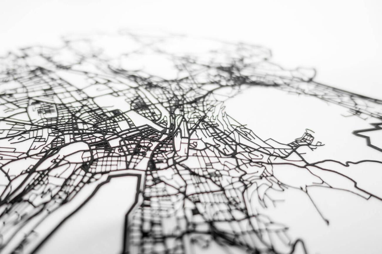 Lasercut Strassen Netzwerk von Zürich aus Papier - Detailaufnahme