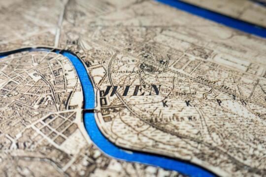 Wien Karte Generalstadtplan von 1901 - Laser Cut in Holz Detail von Robin Hanhart
