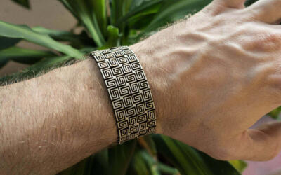 Lasercut Bendable Wood - Arm bracelet on person