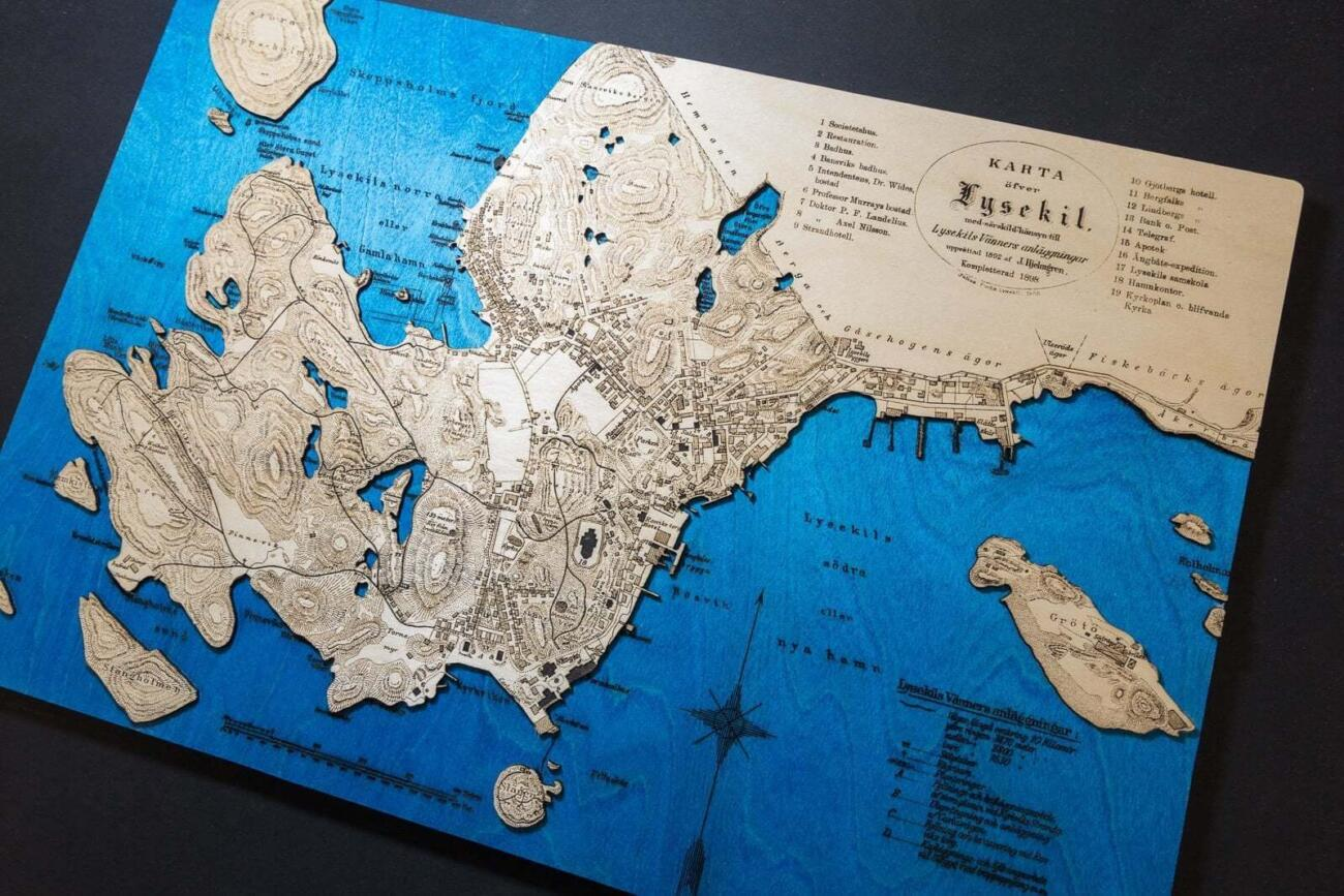 Historical map of Lysekil in Sweden in the year 1898, Laser engraving in wood